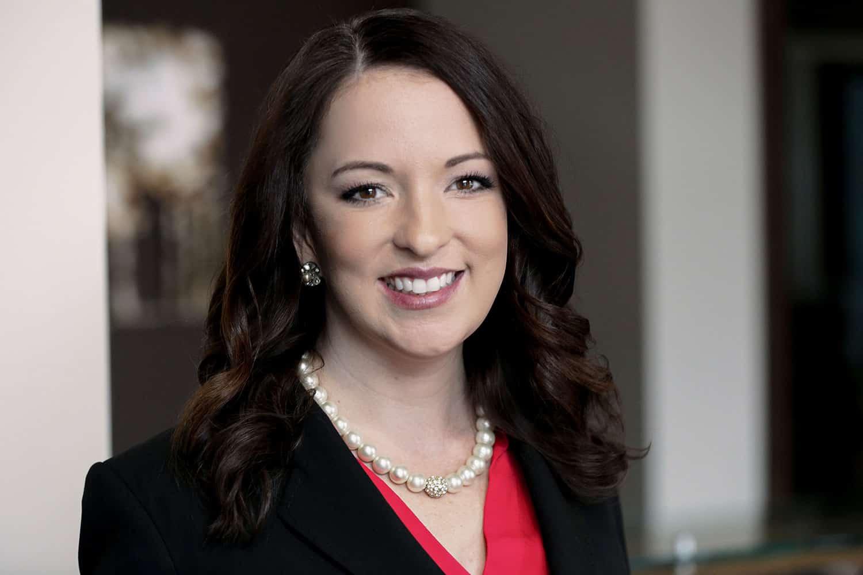 Medical Malpractice Attorney | Laura Mommsen | Watson & Carroll